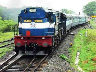 Mangaluru-Yeshwantpur spl tri weekly train flagged off