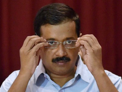 Kejriwal attacked with chilli powder in secretariat: Officials