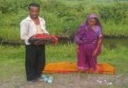 اڈیشہ کے بعد اب مدھیہ پردیش میں انسانیت کو شرمسار کرنے والا واقعہ؛ بس پر بیوی کی موت؛ فیملی کو جنگل میں ہی بس سے باہر کیا گیا