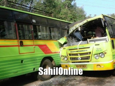 One killed, around seven injured as two KSRTC buses collide each other at Sirsi-Siddapur highway