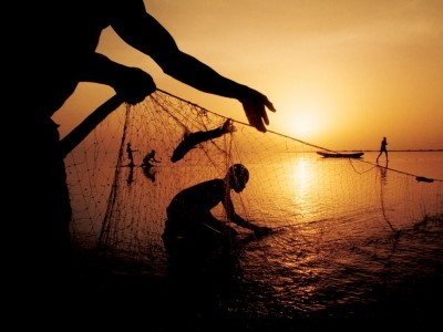 Over 400 fishermen from Gujarat are in Pak jails: govt