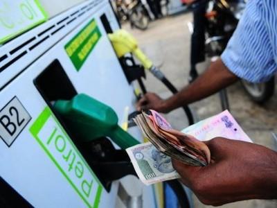پٹرول ڈیزل کی قیمتوں میں اضافہ بدستور جاری