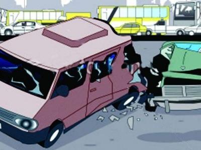 کار اور بس کے درمیان تصادم میں1ہلاک ،4شدید زخمی