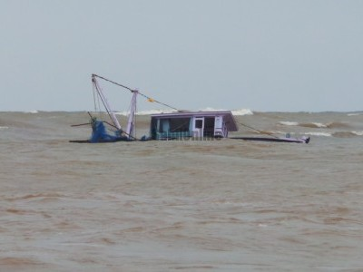 13 killed After Boat Capsizes in Andhra Pradesh