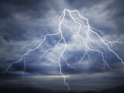 Man dies of lightning strike in Udupi