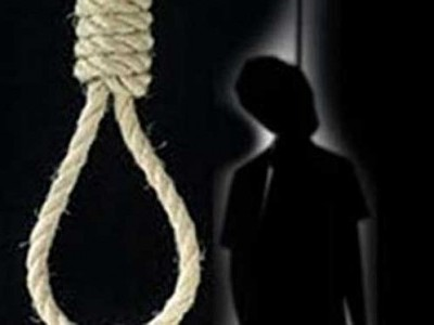 Kumta: Man hangs himself in toilet