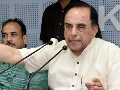 PM Modi should get medically tested after Rahul's hug: Subramanian Swamy
