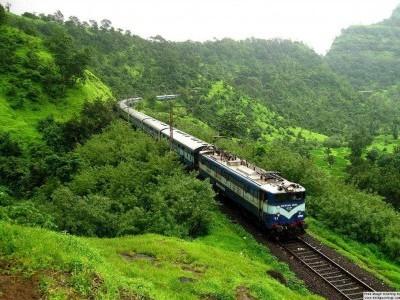 کونکن ریلوے لائن پر بجلی لائن کے کام کی وجہ سے منگلورو ۔ مڈگاؤں ٹرین 23ستمبر کو نہیں چلے گی: دیگر ٹرینوں کے اوقات میں تبدیلی