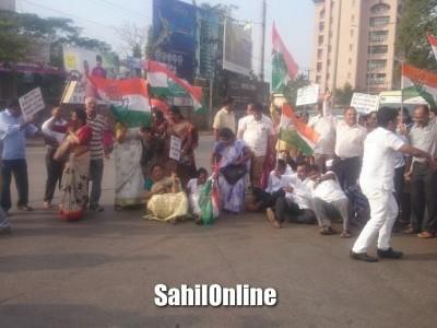 Mangaluru: Congress, SDPI, observe Aakrosh Diwas; BJP hails PM Modi