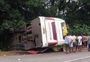 Honnavar: Private Volvo bus topples - 16 sustain grievous injuries