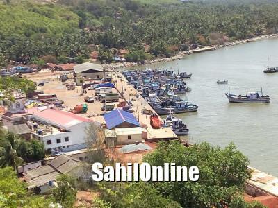 ماہی گیری کشتیوں پر لائٹنگ کا استعمال بند؛  بھٹکل کے ماہی گیر پریشان