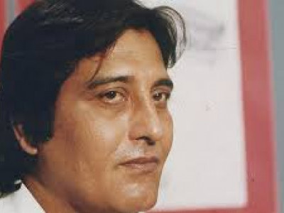 Actor and MP Vinod Khanna dies at 70: Bollywood pays tribute