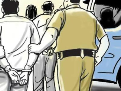 3 arrested for looting passengers near Mangaluru, 2 still at large