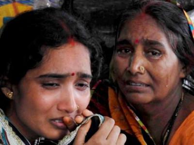 گورکھپورکے بی آرڈی کالج میں بچوں کے مرنے کا سلسلہ جاری،مرنے والوں کی تعداد بڑھ کر 203 ہوگئیں