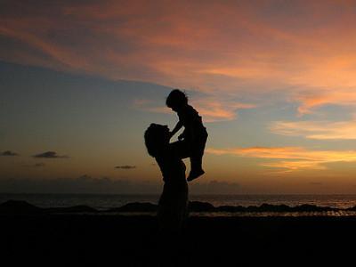 کاروار: ماؤوں اور بچوں کی اموات کی شرح میں کمی اضافہ :بنیادی وجوہات کی طرف محکمہ توجہ دے