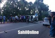 Truck rams into Bolero pick-up on Kumta NH-66