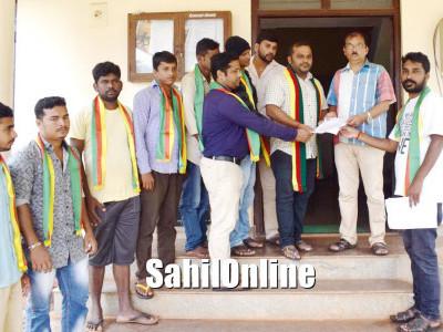بھٹکل میں نیشنل ہائی وے کی توسیع کو لے کر تنظیم اور دیگر اداروں کی مخالفت میں جئے کرناٹکا سنگھا کا میمورنڈم