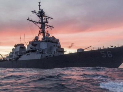 امریکی بحریہ کے جنگی بحری جہاز کو حادثہ،10 افراد لاپتہ