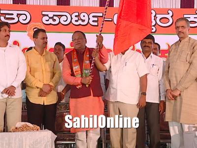 Kumta: Industrialist Yashodar Naik joins BJP