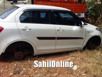 بھٹکل بندرروڈ کنارے کھڑی کی گئی کار کے ٹائر وں کی چوری