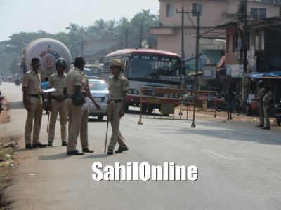 Tight Police Security seen in Bhatkal's Shirali after messages of Bundh were Spread on different Whats-App Groups