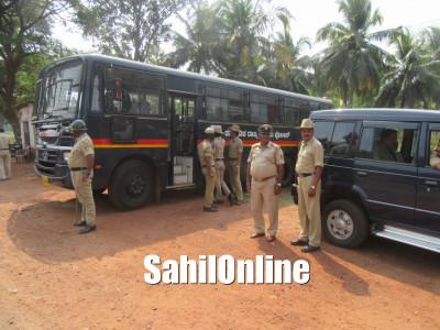 بی جے پی اور سنگھ پریوار کے احتجاج اور تشدد کے چلتے بالاخر کرناٹک سرکار کا ہوناور کے پریش میستا کی موت کا معاملہ سی بی آئی کے حوالے کرنے کا اعلان