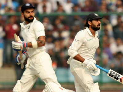 Kohli blasts ton as India reach 371-4 in Sri Lanka Test