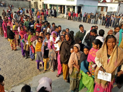 چھتیس گڑھ اسمبلی انتخابات : دوسرے مرحلہ کی 72 سیٹوں پر ووٹنگ شروع ، اجیت جوگی سمیت کئی سینئر لیڈران میدان میں