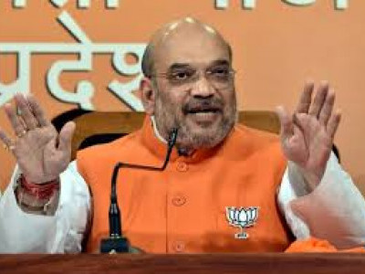 Opposition dreaming of removing Modi, but don't have guts to fight Lok Sabha polls: Amit Shah