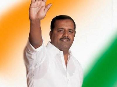ಮಂಗಳೂರು:  'ಸಂವಿಧಾನ'ವನ್ನು ಗೌರವಿಸದವರಿಗೆ ಚಪ್ಪಲಿಯಿಂದ ಹೊಡೆಯಬೇಕು: ಸಚಿವ ಖಾದರ್