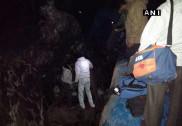 Train derail: Railway Minister announces inquiry, ex-gratia