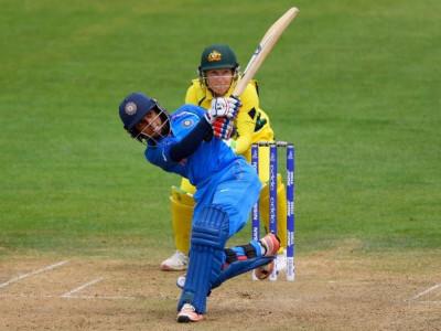 ویمنس ورلڈ کپ:ہندوستانی ٹیم کا آسٹریلیا سے مقابلہ، جیتی تو دوسری بار فائنل میں پہنچے گی