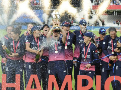 England beat India in thriller to clinch ICC Women's World Cup 2017