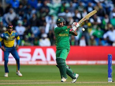 سست اوور ریٹ کے لئے پاکستانی ٹیم پر جرمانہ
