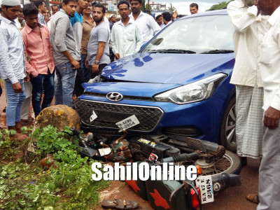 5 injured after car loses control on Bhatkal NH66