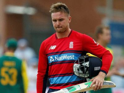Jason Roy becomes 1st player to be given out obstructing the field in T20Is