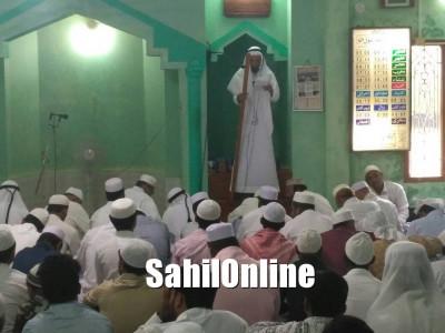 Moulana Ismail Dangi Nadvi led Eid Ul Fitr Namaz in Jamia Masjid Syedina Ibrahim, Jamia Abad, Bhatkal
