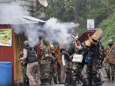 Darjeeling tense but incident-free; 12-hr Eid relaxation for Muslims