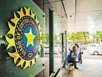BCCI doubles central contracts; Dhoni in Grade A, Raina out