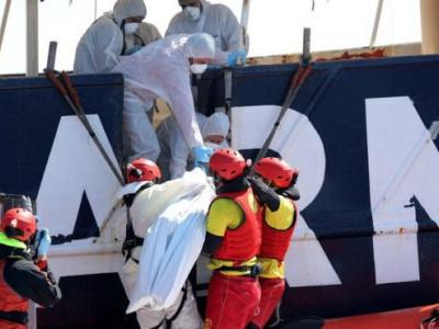 بحیرہ روم میں 200 سے زائد تارکین وطن کے ڈوبنے کا خطرہ: رپورٹ