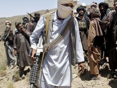 """روس """"ممکنہ طور پر"""" طالبان کو اسلحہ فراہم کر رہا ہے: نیٹو کمانڈر"""
