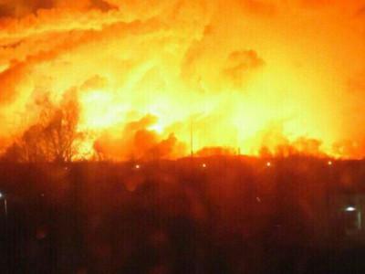 یوکرین میں ایک فوجی اڈے پر آتشزدگی، 20 ہزار افراد کا انخلا
