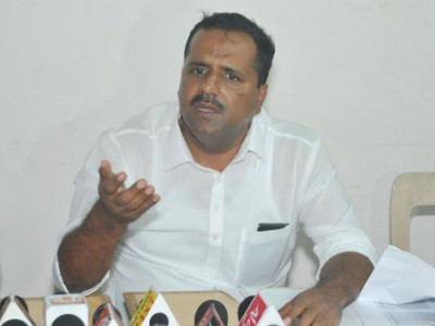 BJP has abused Poojary in the past: Khader
