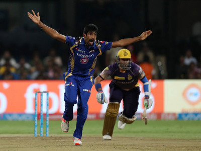 Mumbai Indians beat KKR by 6 wickets, to enter final of IPL-10
