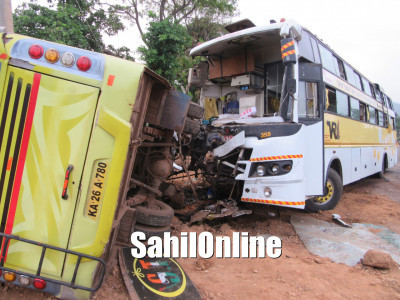 Eight killed, more than 20 injured as bus rams into tempo on NH 66 near Bhatkal