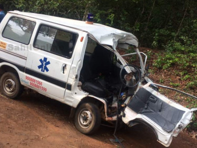 Two killed as ambulance hits bus in Sirsi