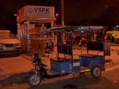 Delhi: 14 men beat e-rickshaw driver to death for opposing public urination