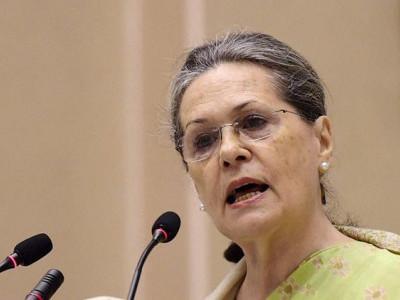 مشکل وقت میں راہل نے سنبھالی ہے ذمہ داری:سونیا گاندھی