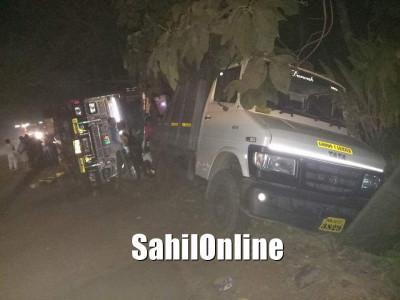 Truck runs over and kills flower trader sleeping on a footpath near Muroor cross NH-66 in Kumta
