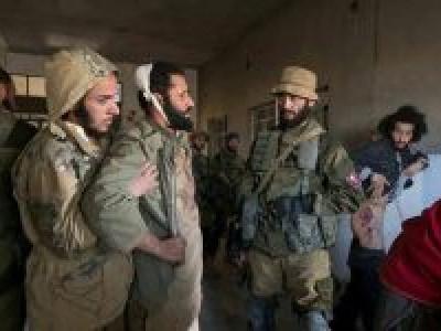 شام: داعش کا بم حملہ، بے دخل آبادی کے 20 افراد ہلاک